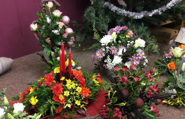 Flower arranging led by Lynne December 2018 - photo 5